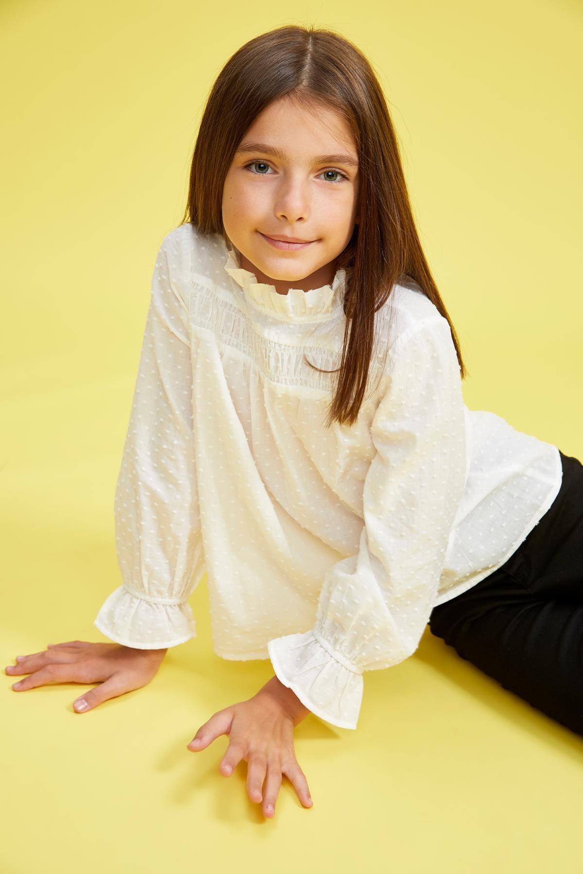 Kız Çocuk Fırfırlı Yaka Uzun Kollu Bluz