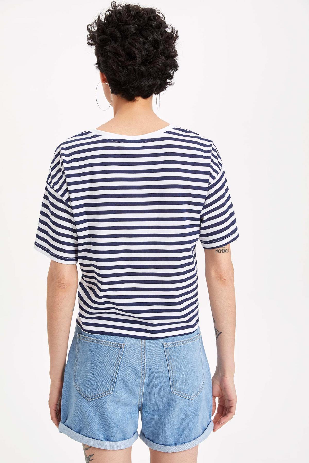 Defacto Kadın Çivit Mavisi Warner Bros Lisanslı Relax Fit T-shirt K9038AZ.19SM.IN95 3
