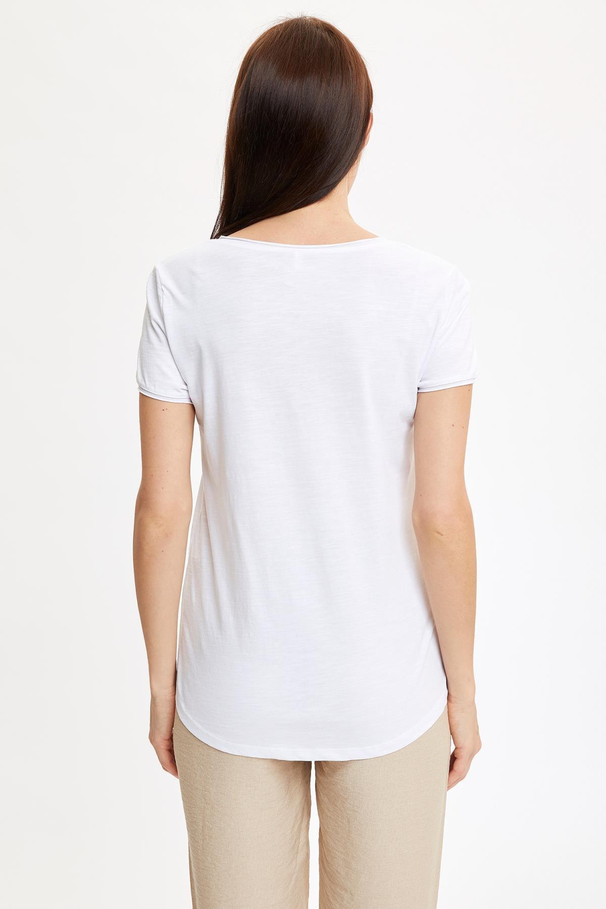 Defacto Kadın Beyaz V Yakalı Kısa Kollu T-Shirt K1507AZ.20SP.WT34 3