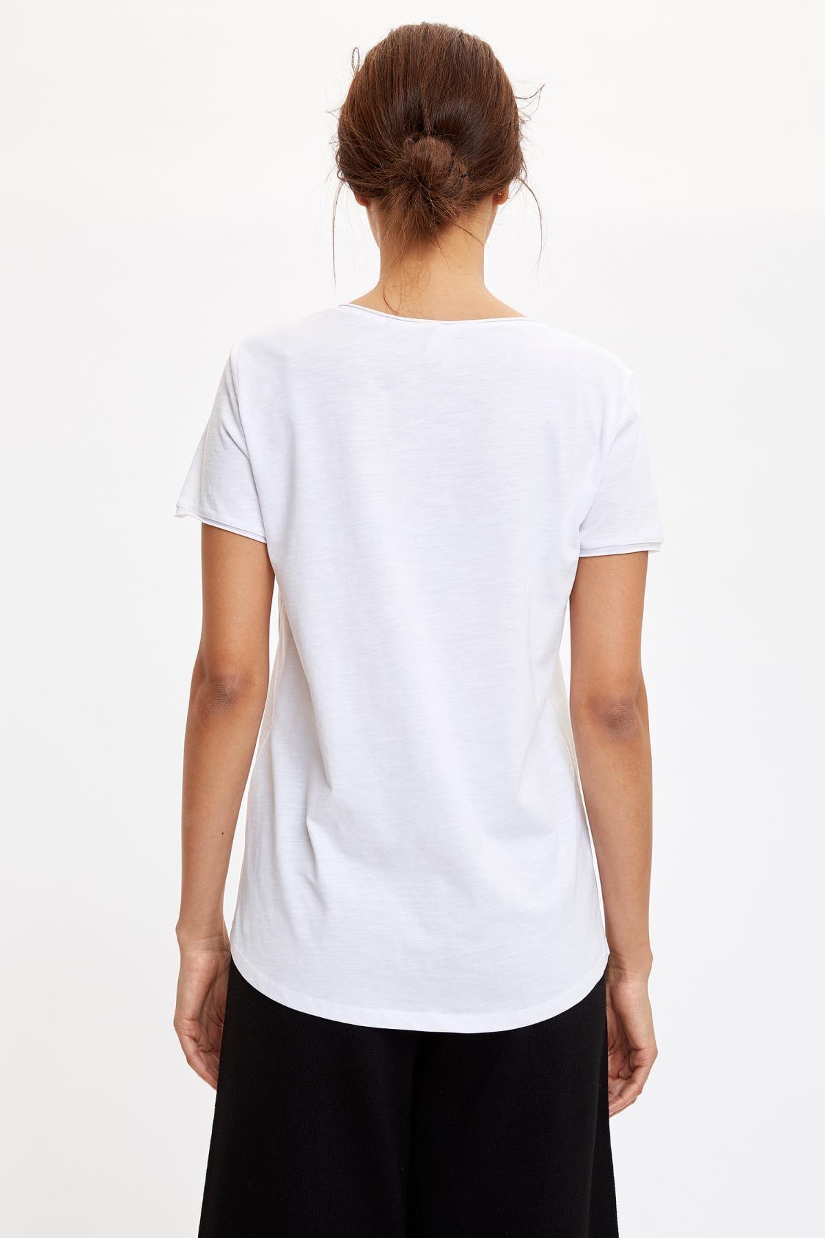 Defacto Kadın Beyaz V Yakalı Kısa Kollu T-Shirt K1507AZ.20SP.WT34 4