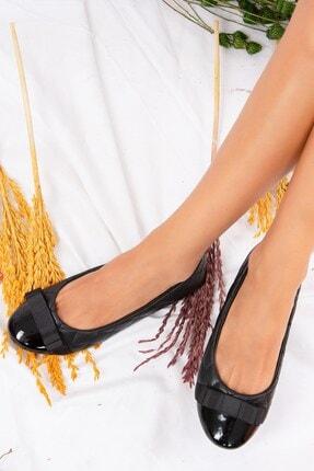 Fox Shoes Siyah Kapitone Kadın Babet D726019509 1