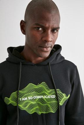 TRENDYOL MAN Siyah Erkek Baskılı Kapüşonlu Regular Sweatshirt TMNAW21SW0671 3