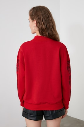 TRENDYOLMİLLA Kırmızı Baskılı Dik Yaka Örme Sweatshirt TWOAW21SW0773 4