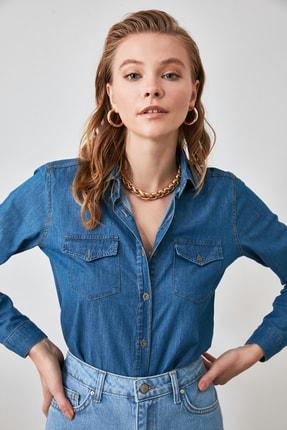 TRENDYOLMİLLA Mavi Cep Detaylı Denim Gömlek TWOSS20GO0326 2