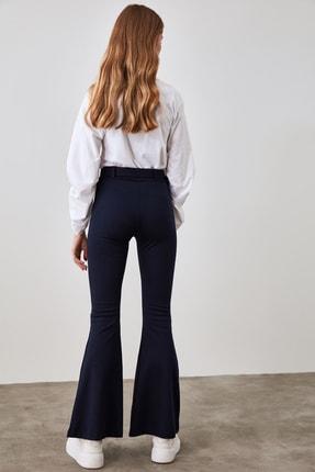 TRENDYOLMİLLA Lacivert Taşlı Kemerli Yırtmaç Detaylı Örme Pantolon TWOSS20PL0100 4