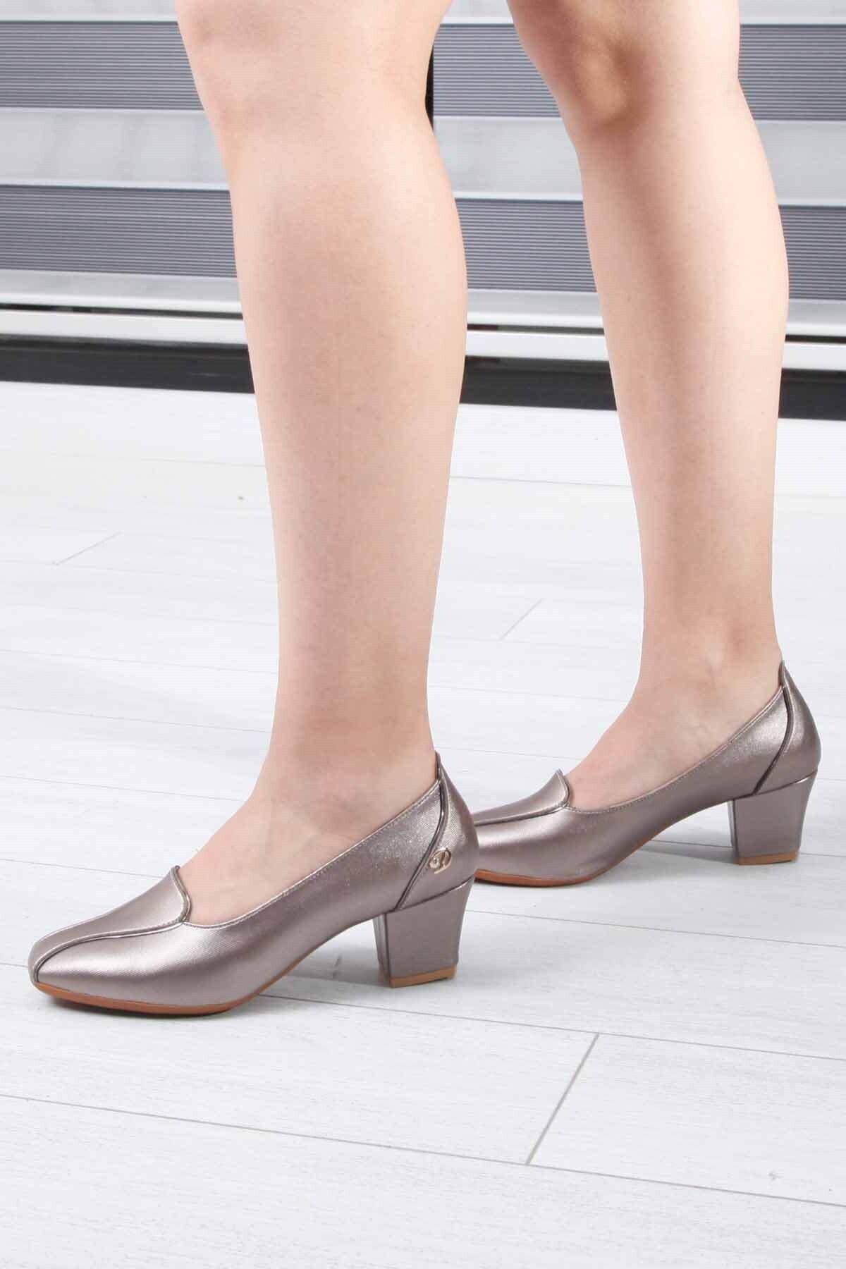 Matilla Descario Kadın PlatinTopuklu Ayakkabı