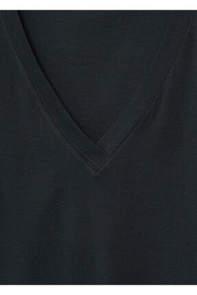 Mango Kadın Siyah V Yakalı Pamuklu Tişört 4