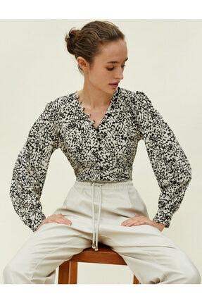 Koton Kadın Desenli Dügme Detayli Siyah Bluz 0KAK68336PW 0