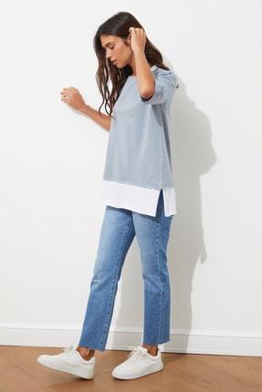 TRENDYOLMİLLA Gri Süprem Parça Detaylı Boyfriend Örme T-Shirt TWOSS20TS0858 3