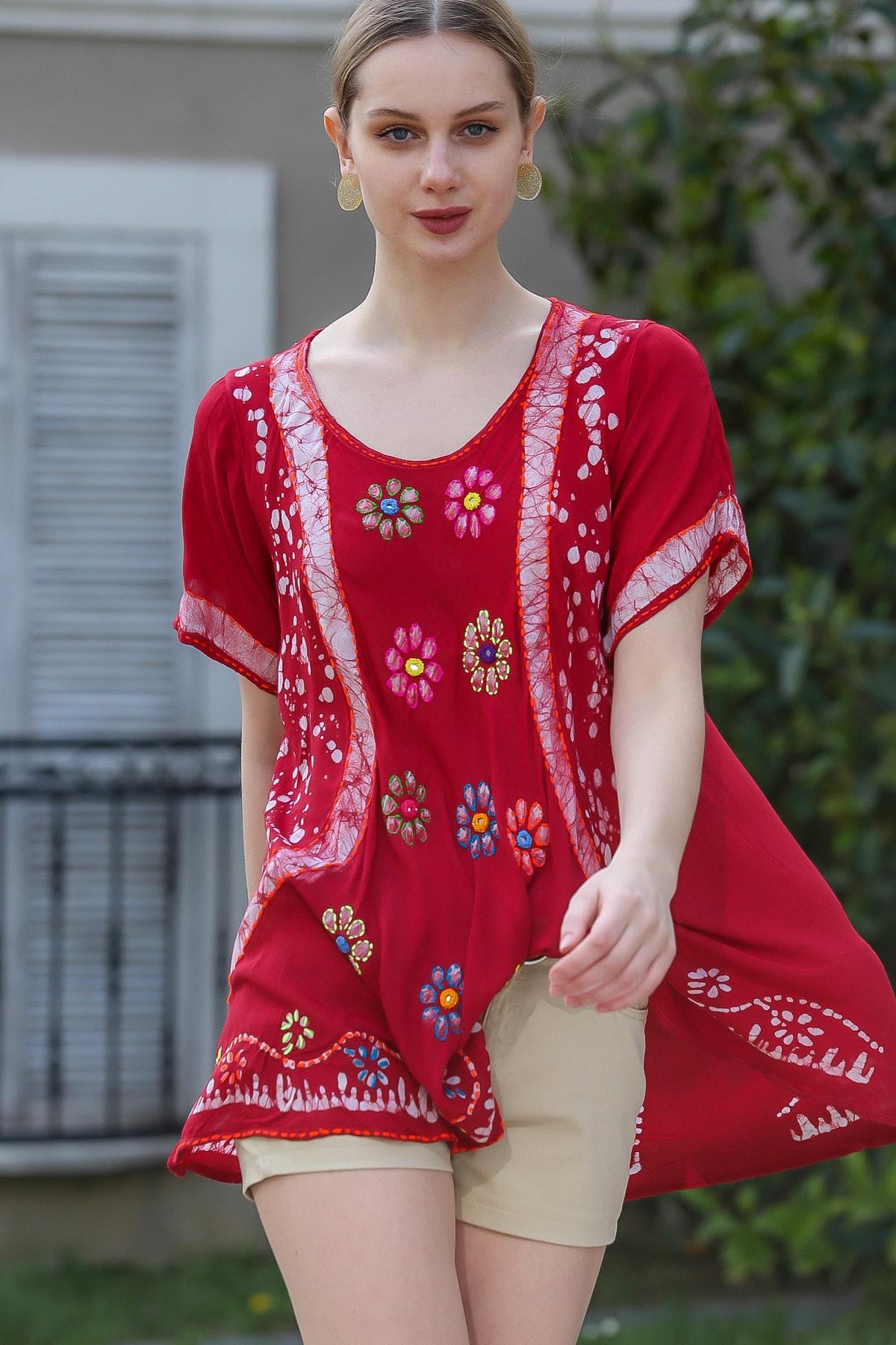 Chiccy Kadın Bordo U Yaka Çiçek Nakışlı Batik Desenli Salaş Tunik Bluz M10010200BL95380 1