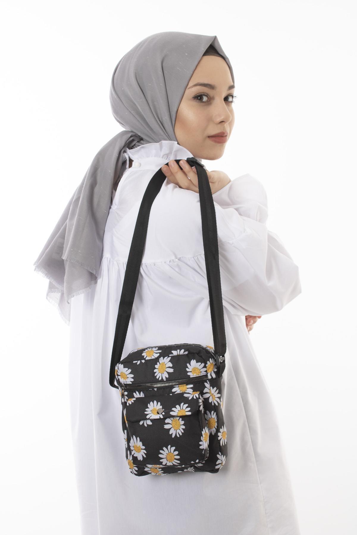 Papatya Desenli Kemer Askılı Kadın Omuz Çantası Siyah