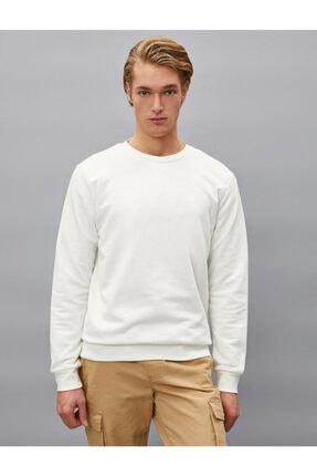 Koton Erkek Beyaz Pamuklu Basic Bisiklet Yaka Uzun Kollu Sweatshirt 2
