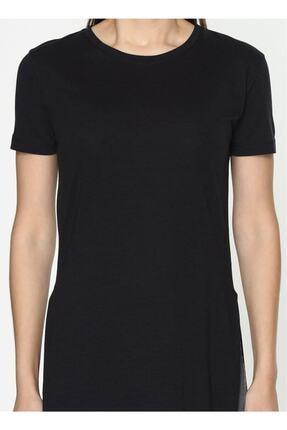 IŞILDA Kadın Siyah  Yanları Yırtmaçlı Kısa Kol Basic Tshirt 4