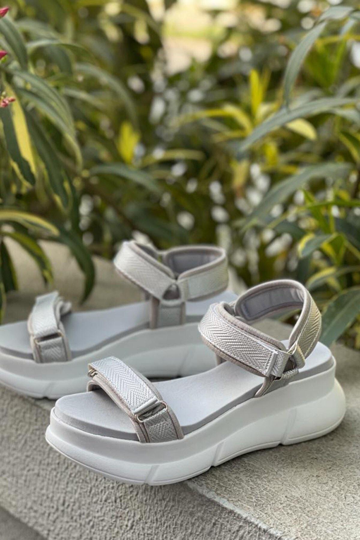 Kadın Lame Sandalet
