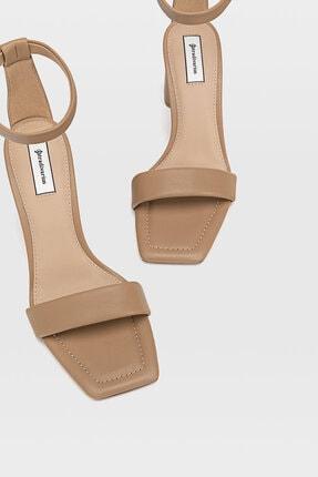 Stradivarius Dolgulu Bantlı Topuklu Ayakkabı 4