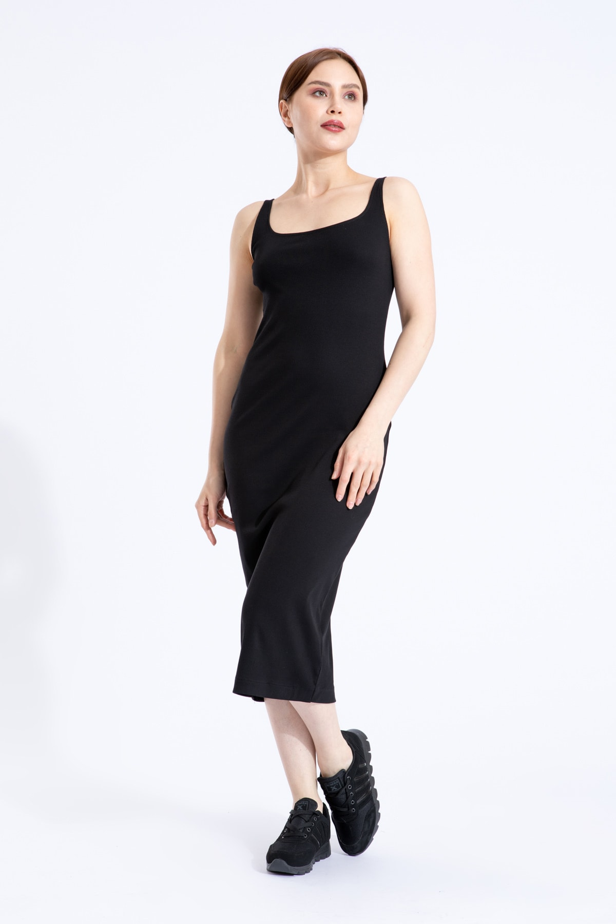 Kadın Siyah  Pamuklu Likra Askılı Kare Yaka Uzun Elbise