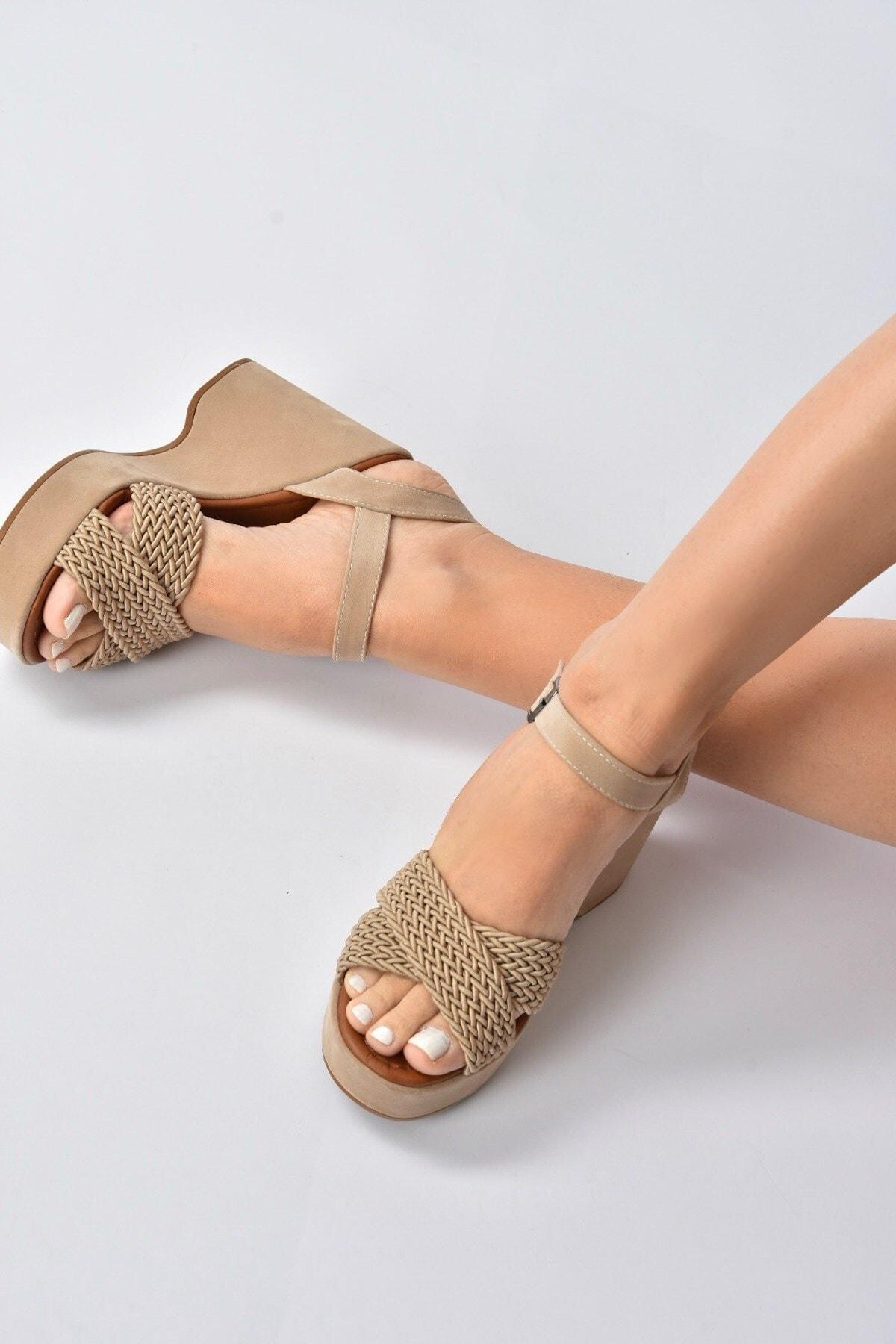 Ten Süet Kadın Dolgu Topuklu Ayakkabı K250909002