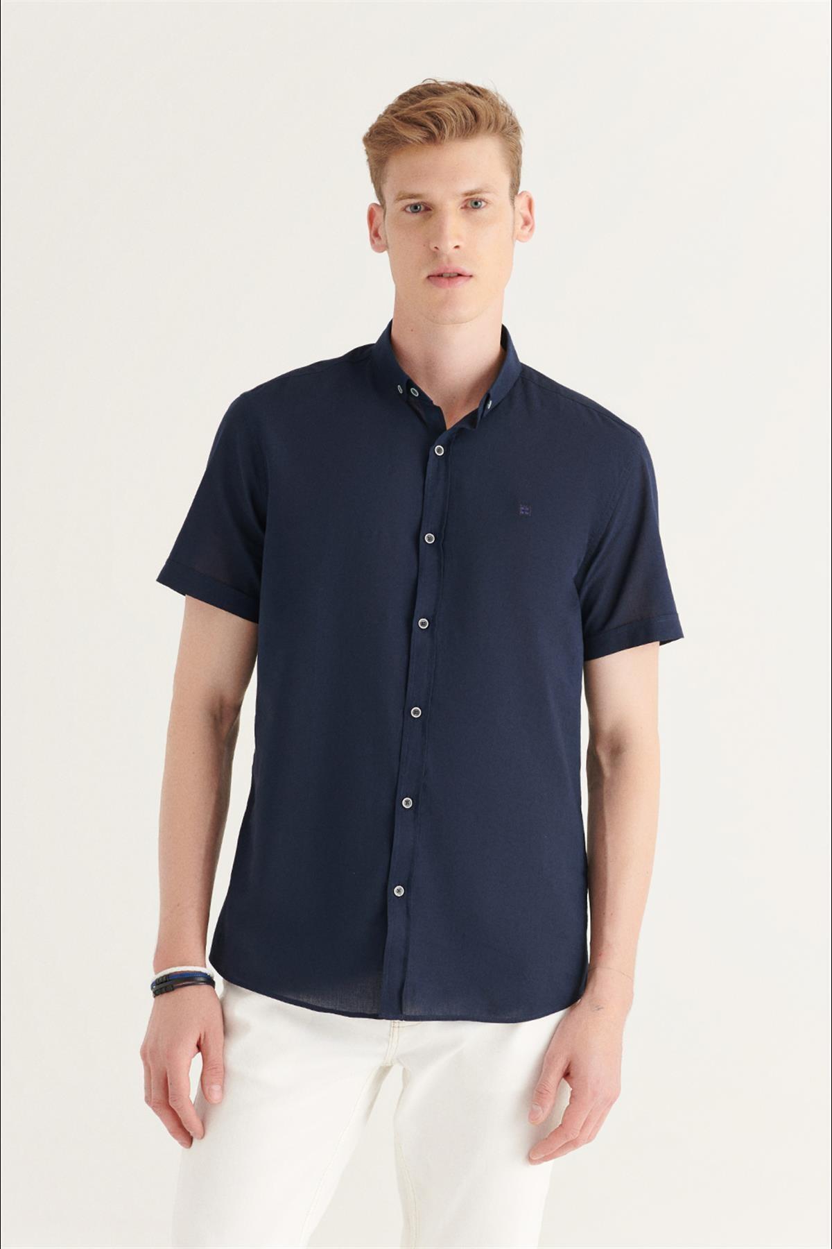 Erkek Lacivert Düz Düğmeli Yaka Slim Fit Kısa Kol Vual Gömlek A11b2210