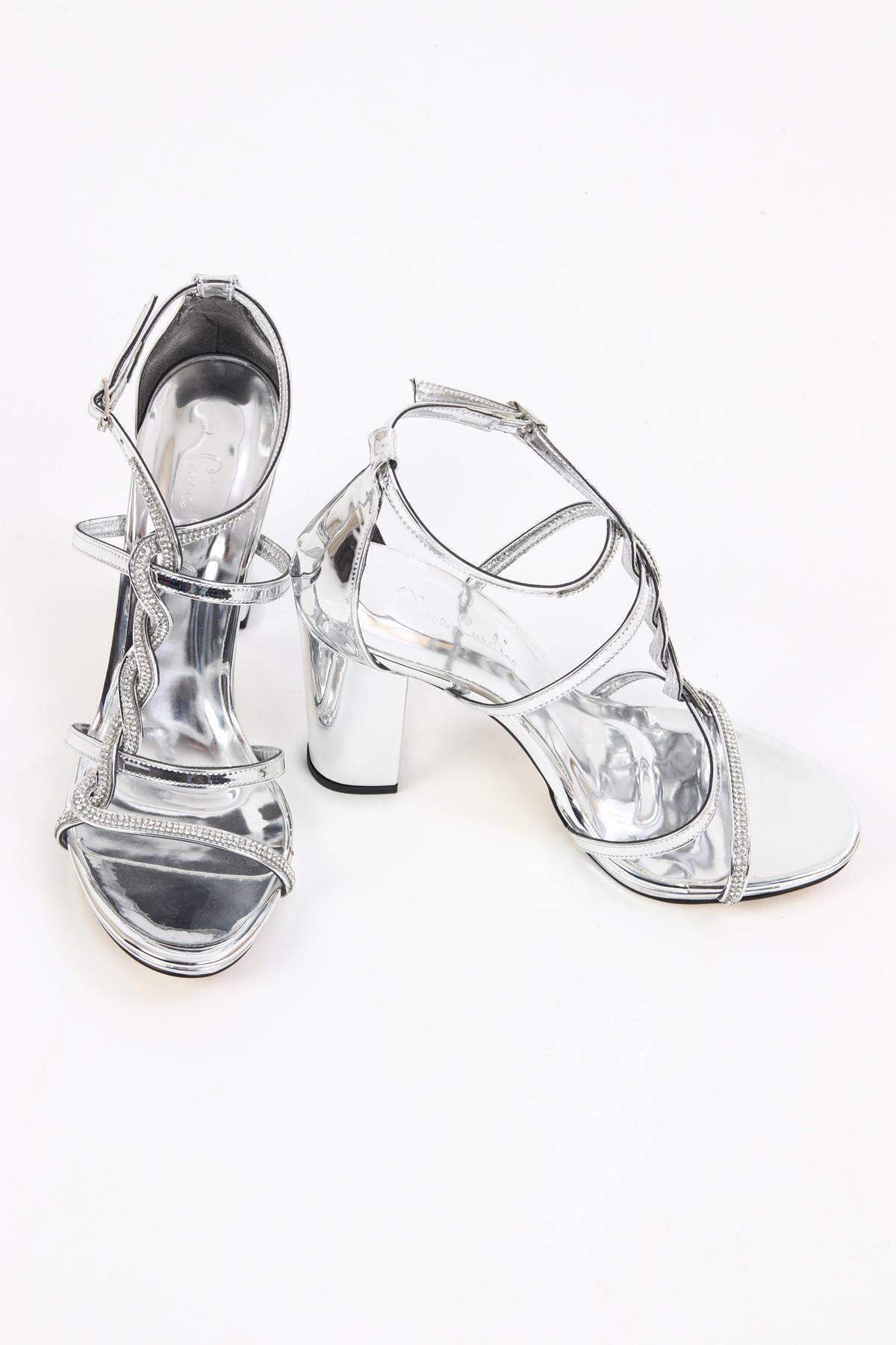 Kalın Topuk Taşlı Gümüş Kadın Abiye Ayakkabı/gümüş/37 Numara