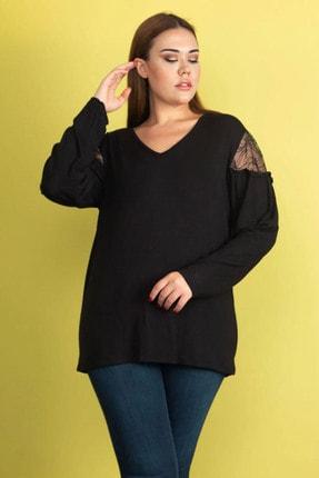 Şans Kadın Siyah Dantel Detaylı Omuz Büzgülü Viskon Bluz 65N24546 2