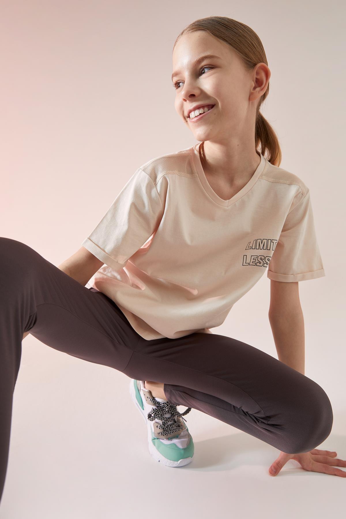 Kız Çocuk Pembe Yazı Baskılı Kısa Kollu T-Shirt