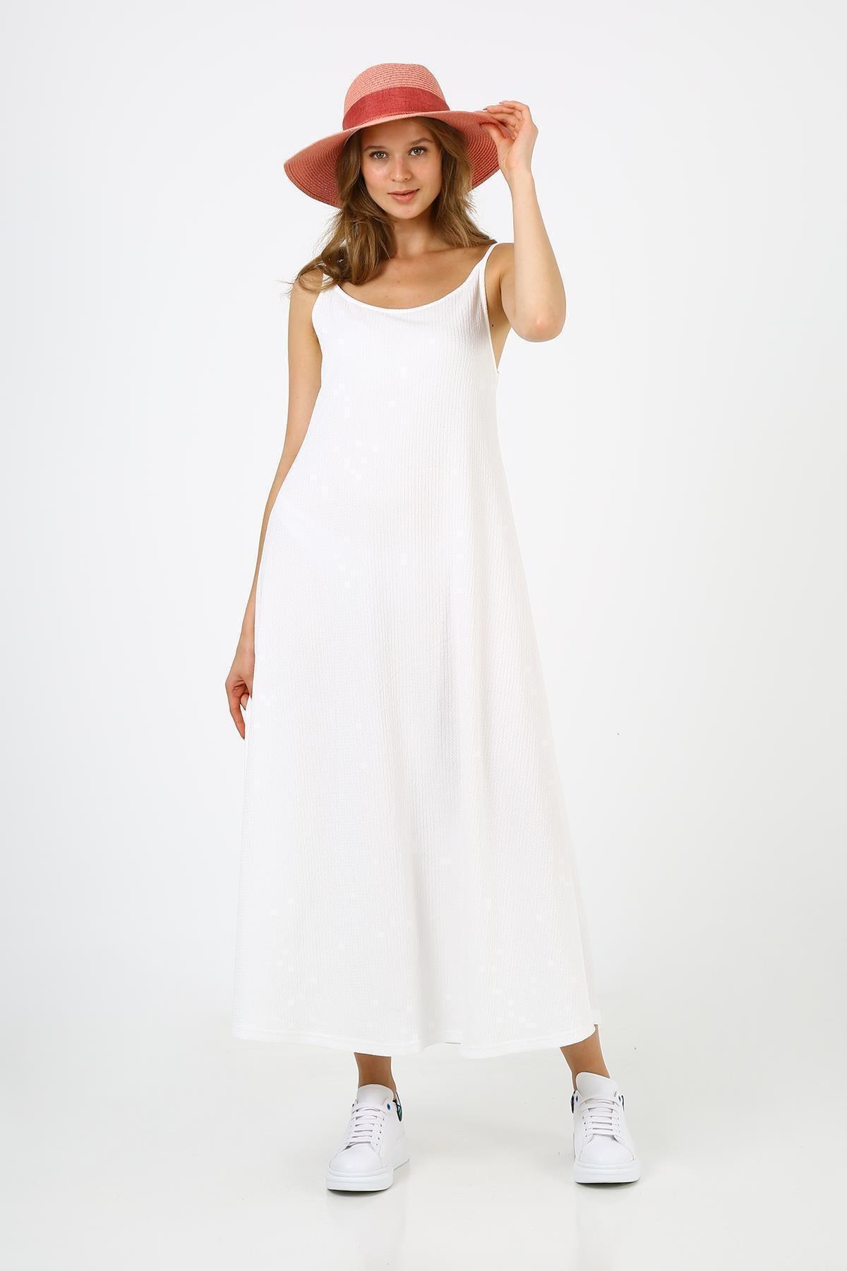 Kadın Beyaz Askılı Uzun Elbise