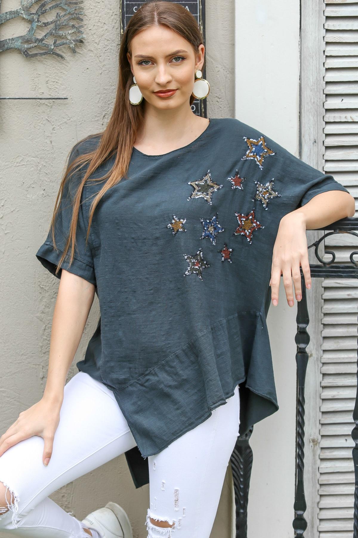 Kadın Antrasit Kayık Yaka Yıldız Nakışlı Pullu Oversize Dokuma Bluz M10010200BL95336