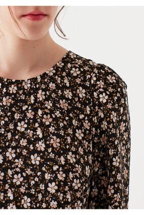 Mavi Çiçek Baskılı Siyah Elbise 4