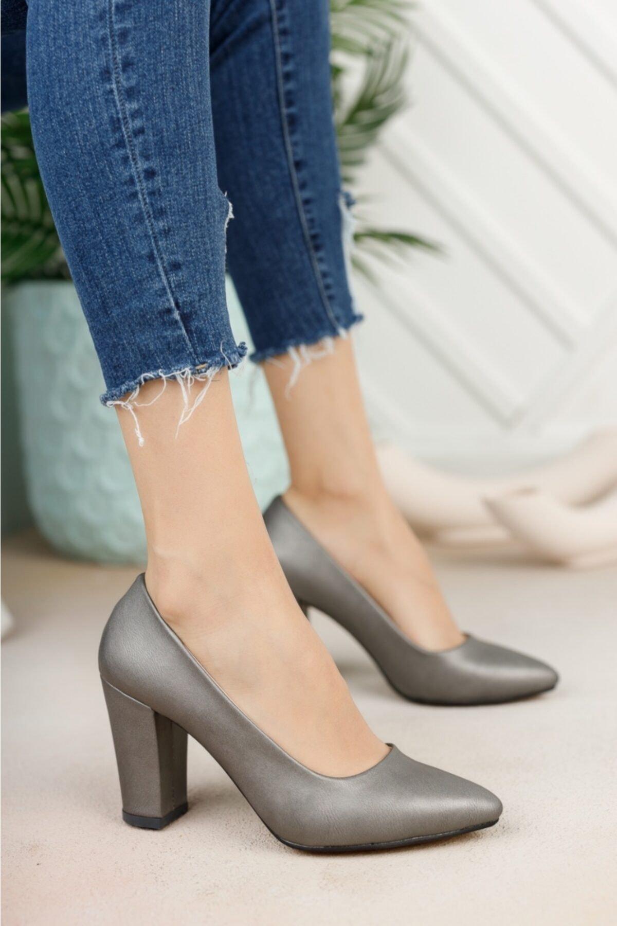Kadın Platin Cilt Yüksek Kalın Topuklu Ayakkabı