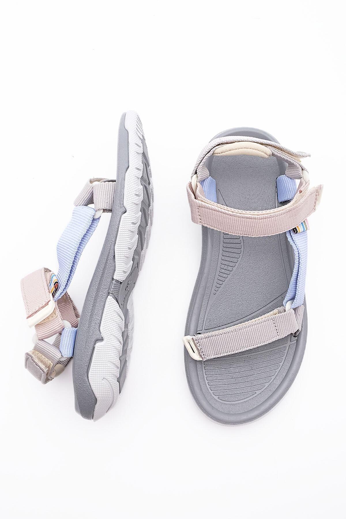 Kadın Gri Sandalet
