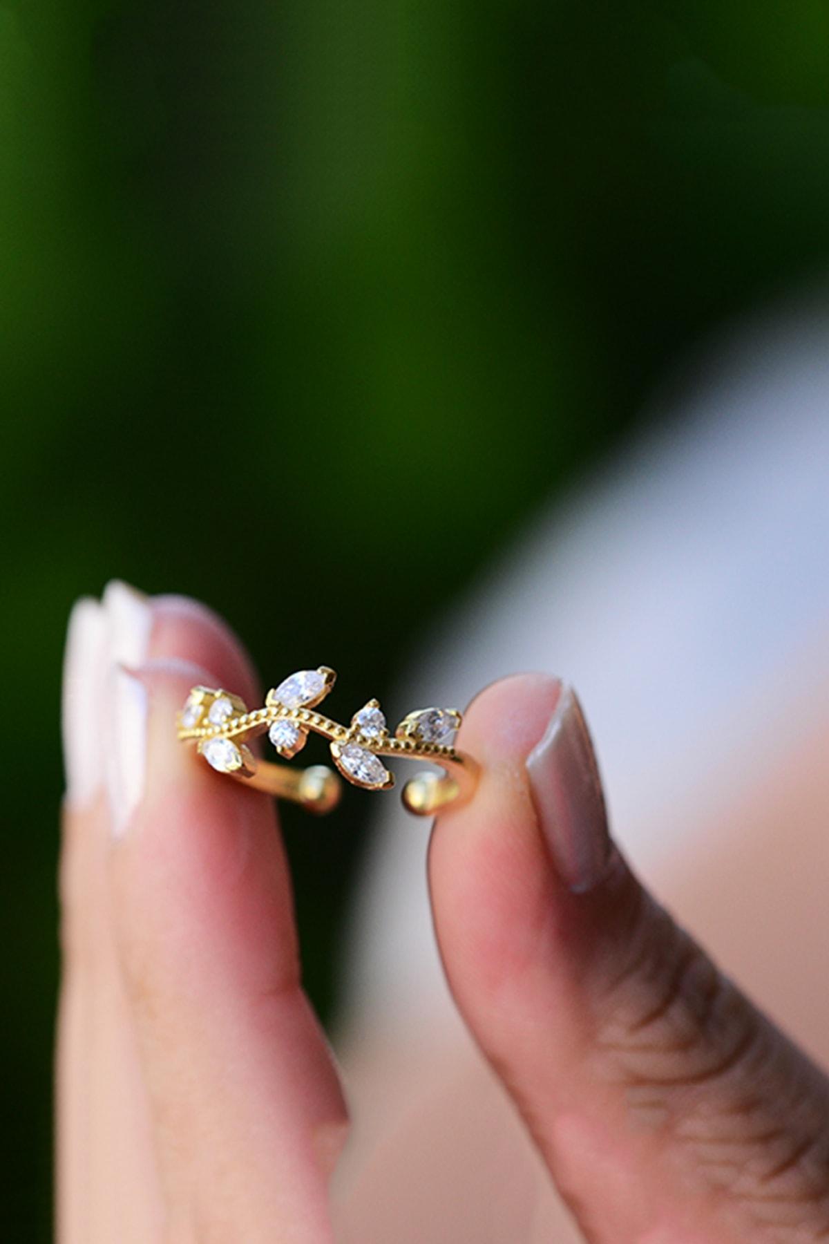 Taşlı Sarmaşık Ayarlanabilir 14 K Altın Kaplama Kadın Yüzük