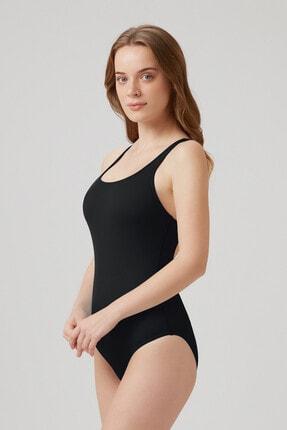 Kom Kadın Prima Yüzücü Mayo 1