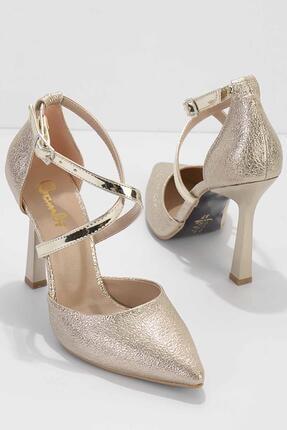 تصویر از Altın Kadın Klasik Topuklu Ayakkabı K01894833186