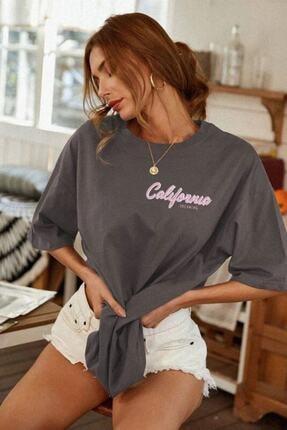 Millionaire Kadın Antrasit Oversize California Baskılı T-shirt 3