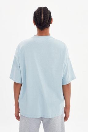 TRENDYOL MAN Mavi Erkek Oversize Bisiklet Yaka Kısa Kollu Baskılı T-Shirt TMNSS21TS1217 4