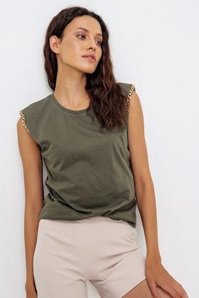 Trend Alaçatı Stili Kadın Haki Omuzları Aksesuarlı Kolsuz Bluz ALC-X6474 3