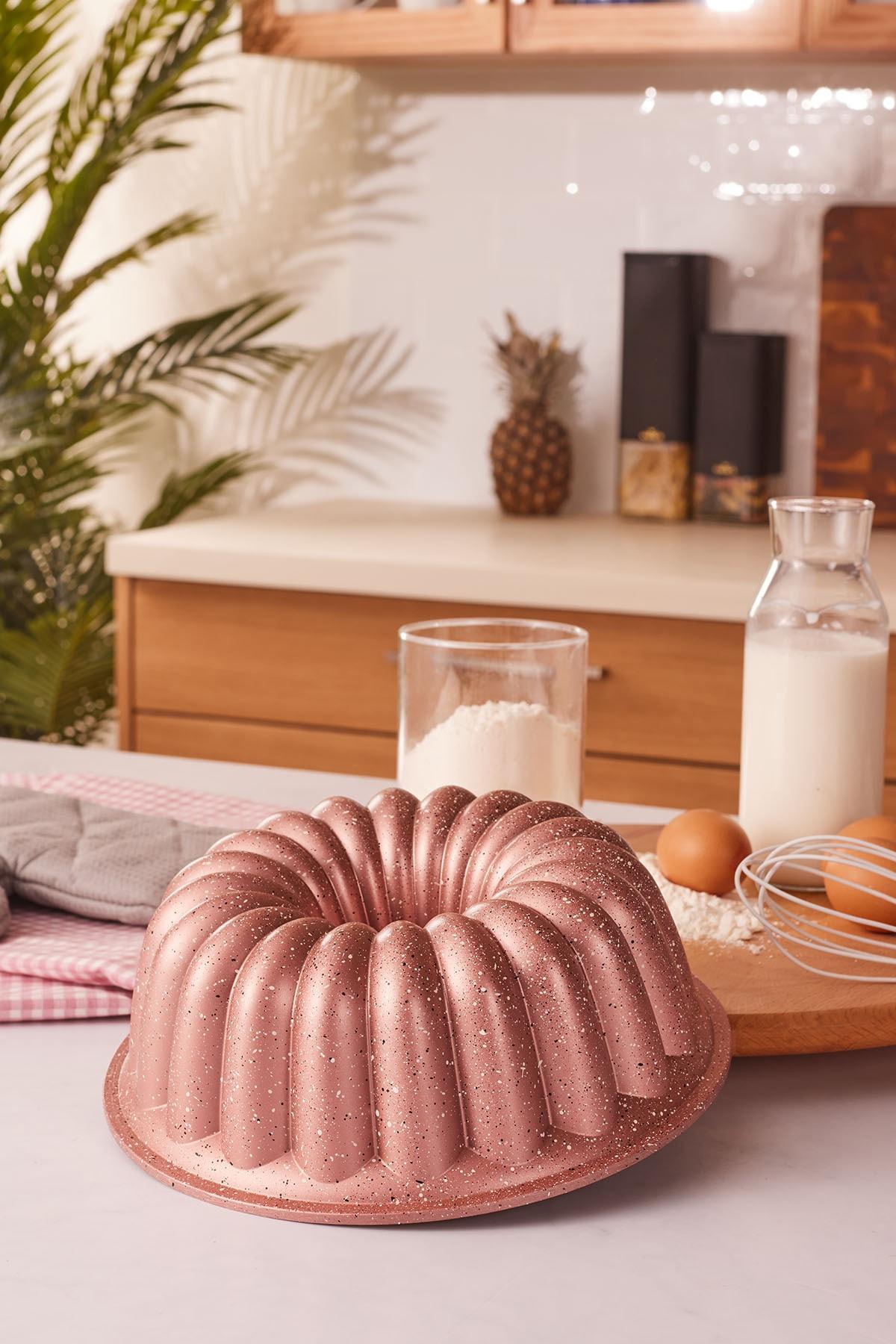 Arya 24 Cm Döküm Kek Kalıbı Golden Pink