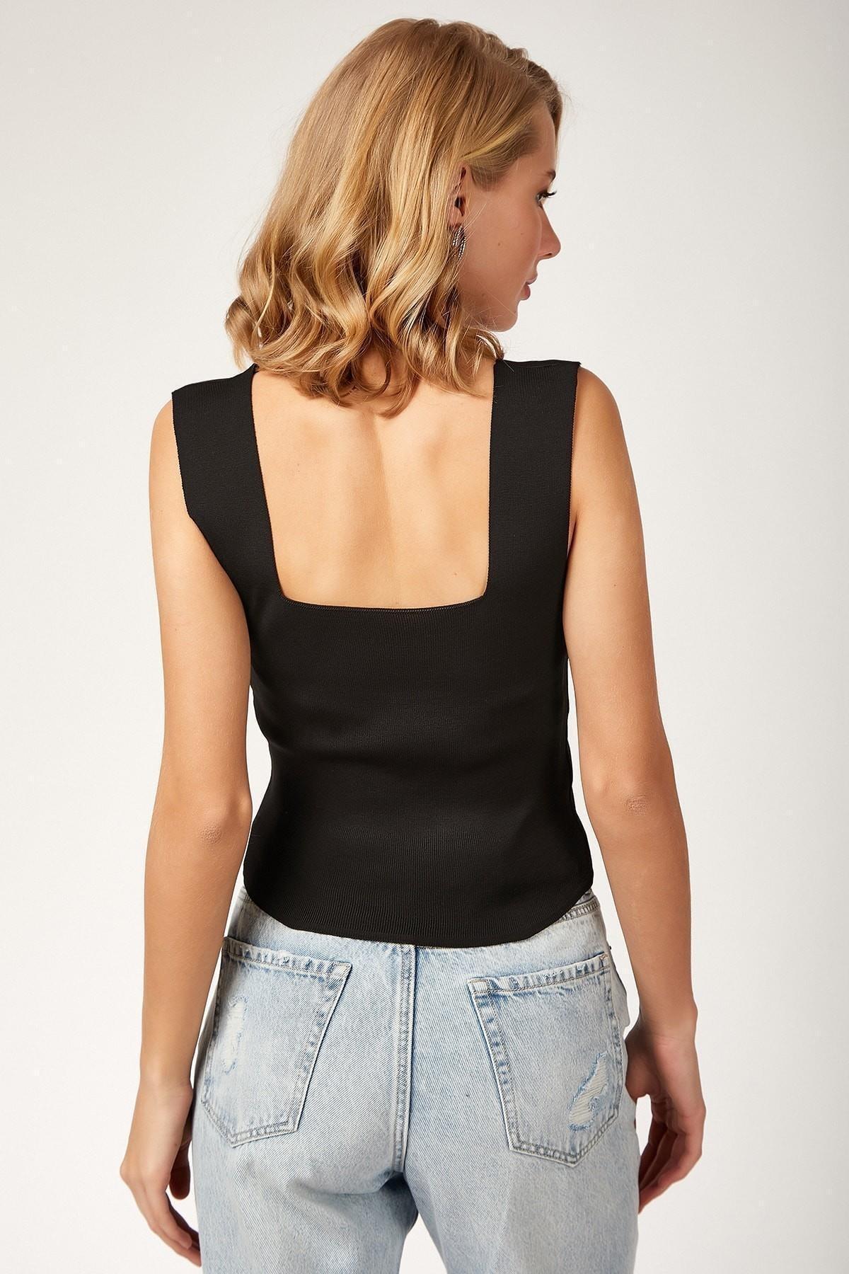 Asfa Moda Kadın Kare Yaka Likralı Fit Crop Bluz 2049