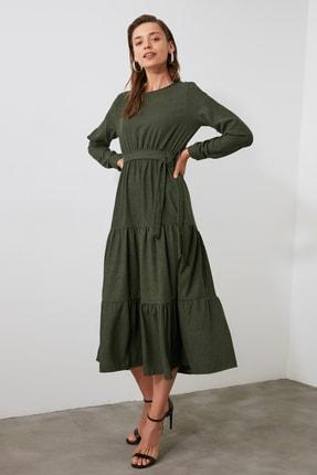 TRENDYOLMİLLA Haki Kuşaklı Kadife Büzgülü Elbise TWOAW20EL2133 0