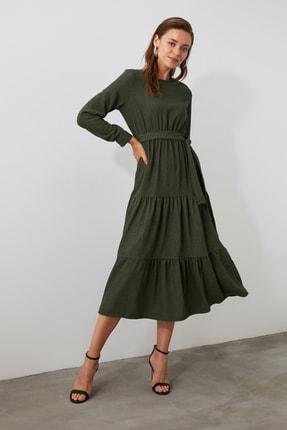 TRENDYOLMİLLA Haki Kuşaklı Kadife Büzgülü Elbise TWOAW20EL2133 1