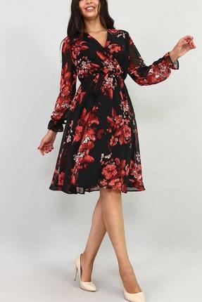 Kadın Siyah Çiçekli Kruvaze Yaka Şifon Elbise 100 cm ELBISEDELISI-0006