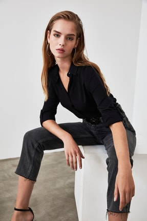 TRENDYOLMİLLA Siyah Basic Gömlek TWOAW20GO0218 1