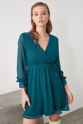 TRENDYOLMİLLA Zümrüt Yeşili Kuşaklı Elbise TWOAW20EL0789 2