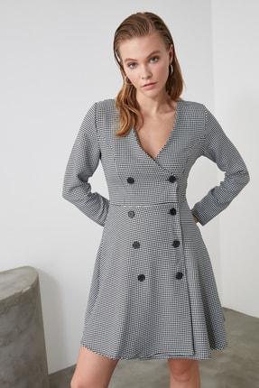 TRENDYOLMİLLA Çok Renkli Düğme Detaylı Elbise TWOAW21EL0147 1