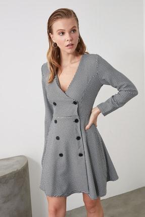 TRENDYOLMİLLA Çok Renkli Düğme Detaylı Elbise TWOAW21EL0147 3