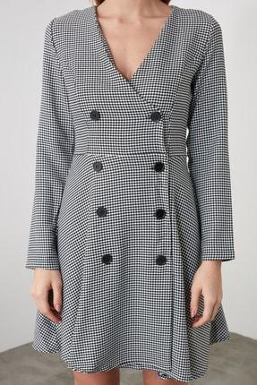 TRENDYOLMİLLA Çok Renkli Düğme Detaylı Elbise TWOAW21EL0147 4