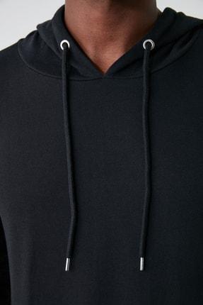 TRENDYOL MAN Siyah Erkek Regular Fit Kapüşonlu Kanguru Cepli Uzun Kollu Sweatshirt TMNAW20SW0162 2