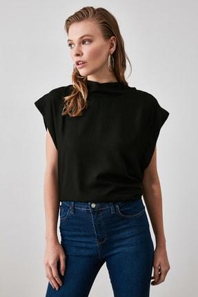 TRENDYOLMİLLA Siyah Kol Detaylı Bluz TWOAW21BZ0092 2