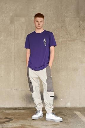 Bershka Erkek Mor Baskılı T-shirt 3