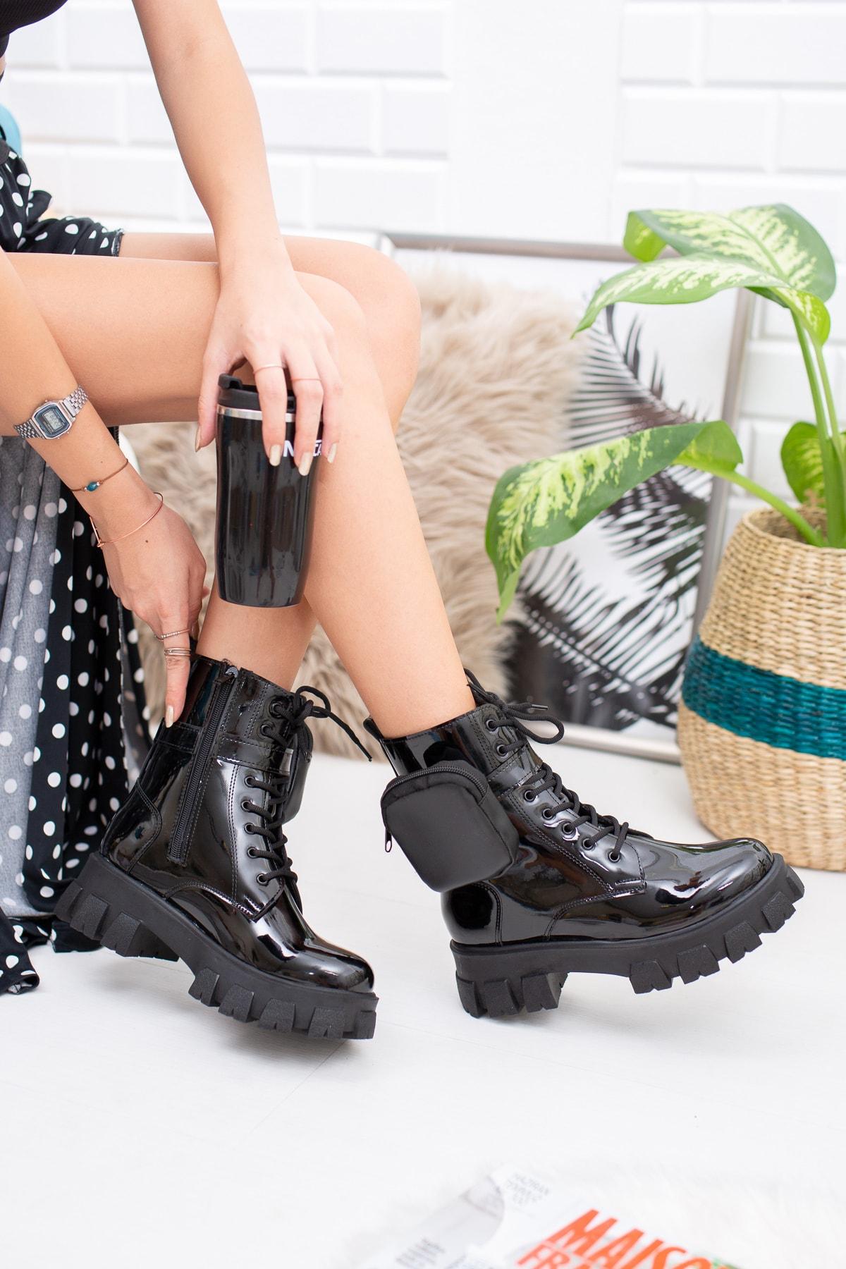 meyra moda Siyah Rugan Çantalı Bot